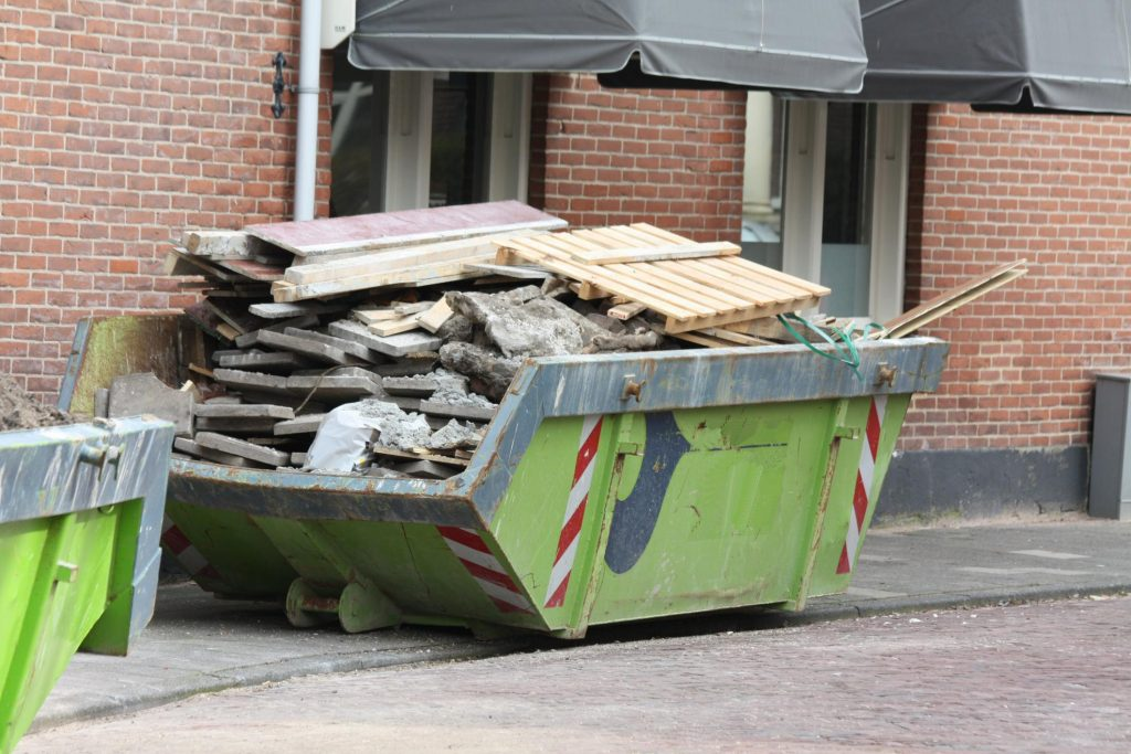 reliable commercial junk removal